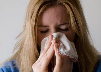 Зубы и заложенный нос делают людей суперраспространителями коронавируса