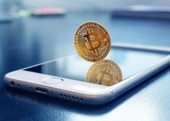 Золотой биткоин: самой популярной криптовалюте мира предрекли новый рекорд