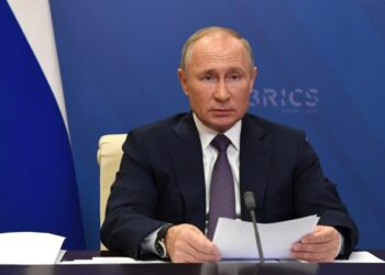 Сатановский расшифровал предупреждение Путина противникам мира в Карабахе