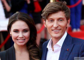 Павел Воля и Ляйсан Утяшева поздравили друг друга с жестяной свадьбой
