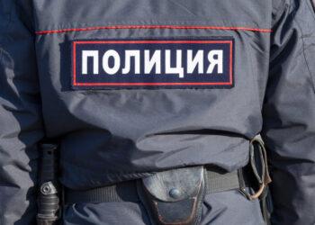 Воры в медицинских масках, не боясь видеокамер, ограбили магазин в Чертанове