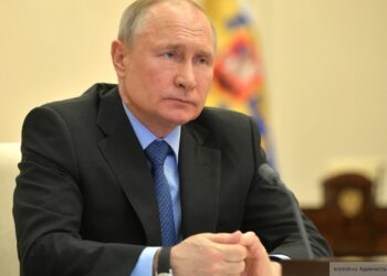 Путин назвал тревожной тенденцией увеличение бедности в мире