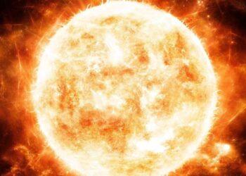 Ученые РАН просчитали вероятность внезапного взрыва Солнца