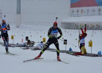 Мужская сборная России завоевала бронзу на этапе Кубка мира по биатлону