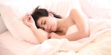 Глубокий сон может быстро очищать мозг человека от «мусора»
