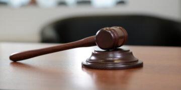 Украинский суд арестовал подозреваемых по делу о пожаре в Харькове