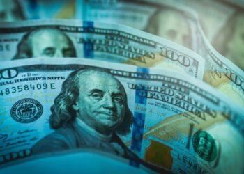 Стало известно, окажут ли беспорядки в Вашингтоне влияние на курс доллара