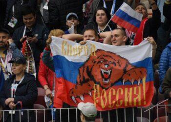 """Песню """"Катюша"""" предложили использовать российским спортсменам вместо гимна"""