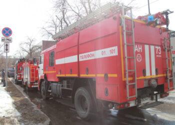 Пожар на газопроводе в Свердловской области оставил без газа почти тысячу домов