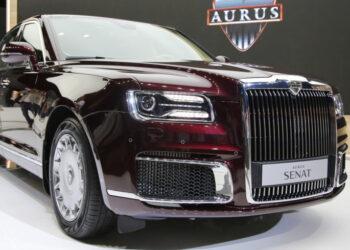 Стала известна стоимость Aurus Senat из первой партии