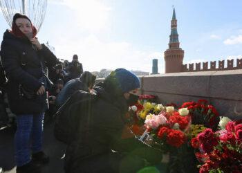 В Москве проходит акция памяти Бориса Немцова