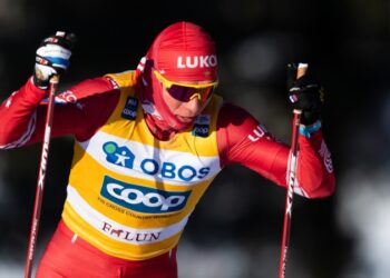 Лидер сборной России по лыжным гонкам Большунов наказан за неспортивное поведение