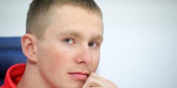Российский лыжник Спицов травмировался во время ЧМ-2021 в Оберстдорфе