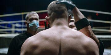 UFC попрощался с легендами ММА Оверимом и Дос Сантосом