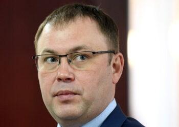 Мэра Кемерова увезли из дома в больницу с переломом пяти ребер