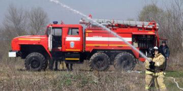 При пожаре в частном доме в Башкортостане погибли четыре человека